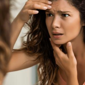 Jak pozbyć się zmarszczek? 5 sposobów na gładszą skórę!