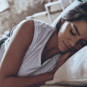 Problemy ze spaniem? Poznaj 7 porad, by lepiej spać!